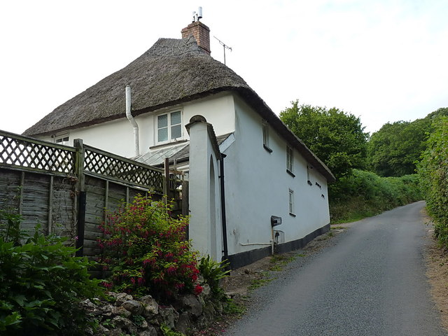 Harcombe Hill cottage