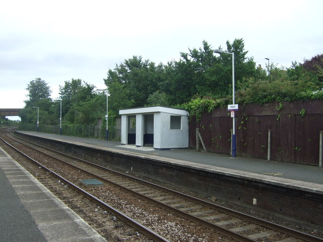 Shelter, Platform 1, Hayle Railway Station