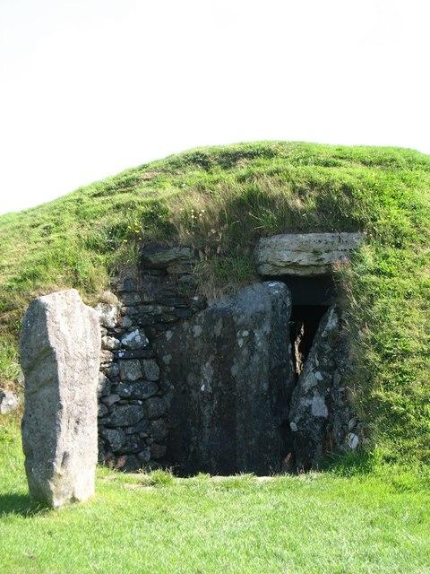 Bryn Celli Ddu burial chamber entrance