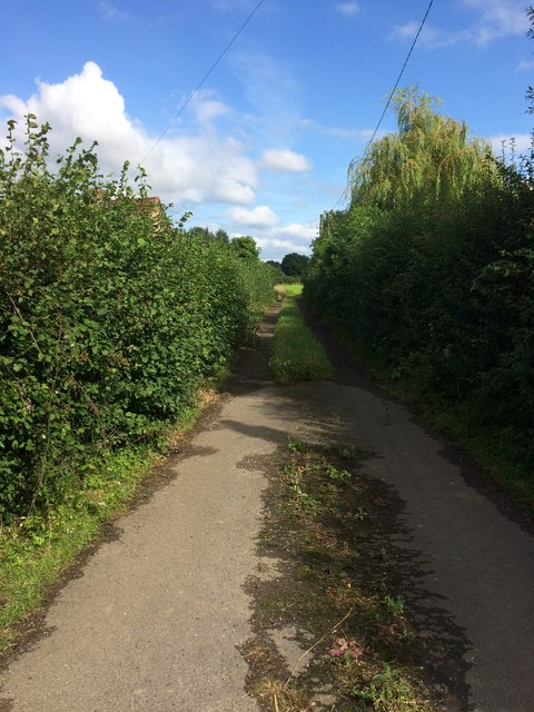 Start of Footpath at Breadstone