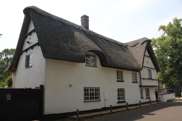 Whiteways, 3 Common Lane, Hemingford Abbots