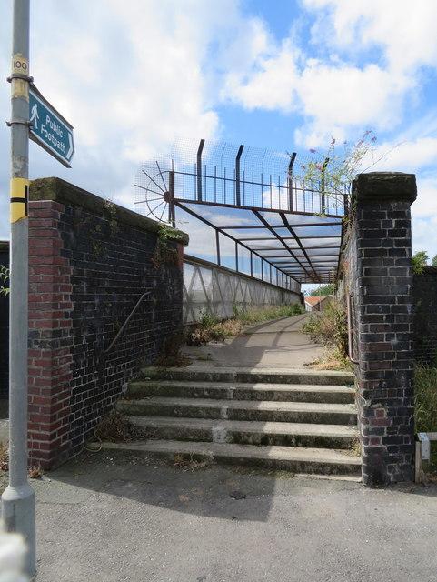 Oriel Road footbridge to Glendower Street, Kirkdale