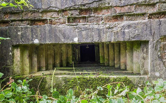 WWII Cheshire, RAF Cranage, near Middlewich - pillbox (2)