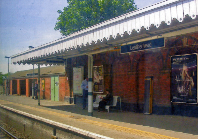 Leatherhead station, Up side platform. 2011