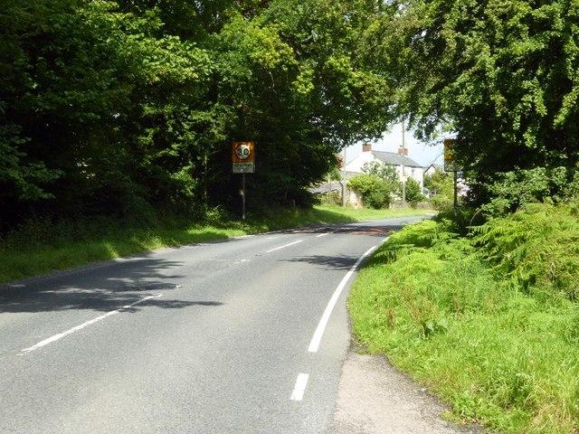 Road approaching Coalway