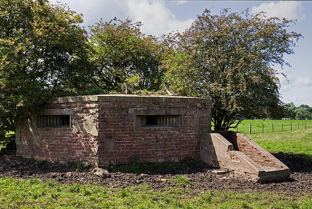 WWII Cheshire, RAF Cranage, near Middlewich - pillbox (11)