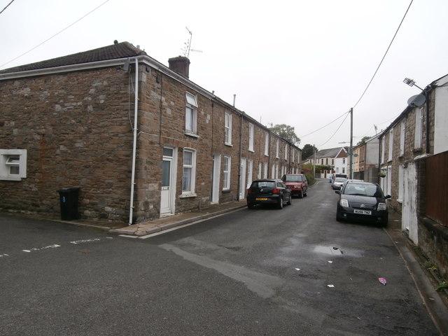Holford St, Cefn-coed-y-cymmer