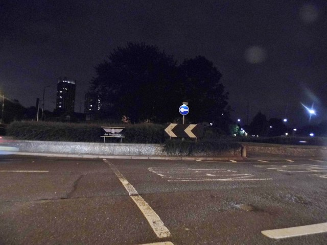 Roundabout on Jamaica Road, Rotherhithe