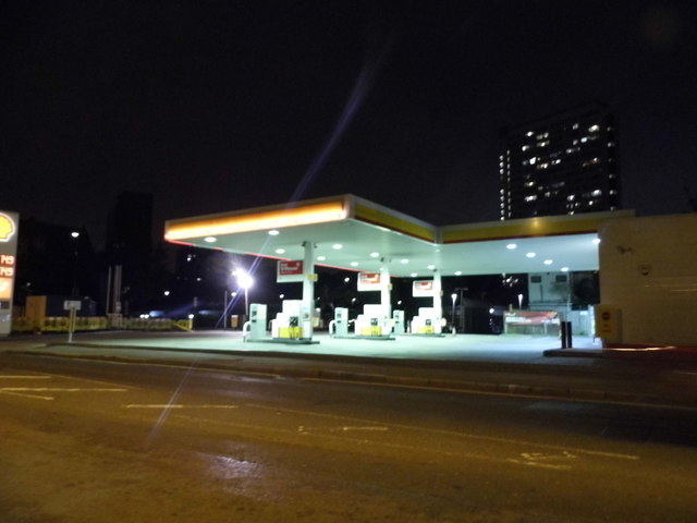 Shell petrol station on Evelyn Street, Deptford