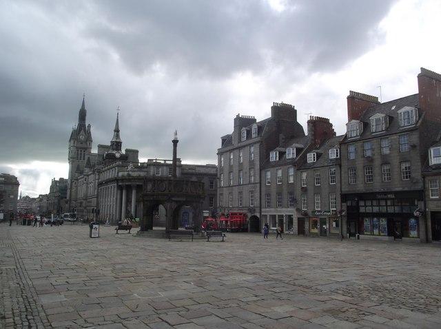 Castlegate and the Mercat Cross