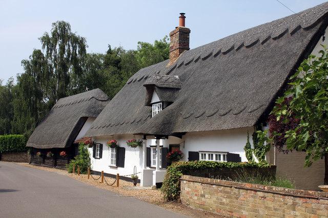 Boot and Slipper Cottage, 44 Common Lane and adjacent barn, Hemingford Abbots