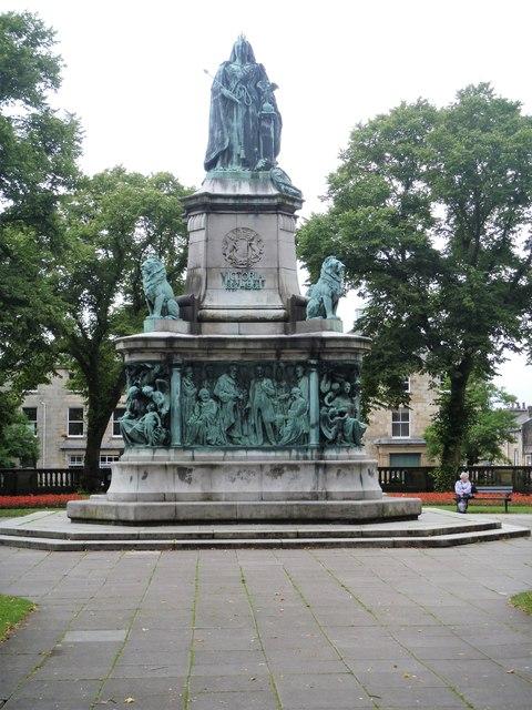 Monument to Queen Victoria