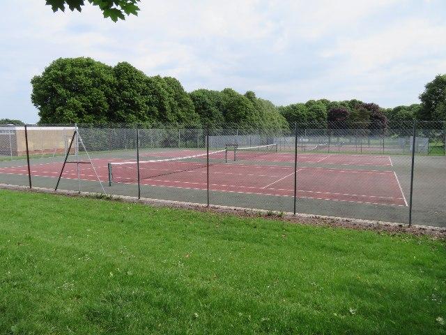 Stratton Park tennis courts