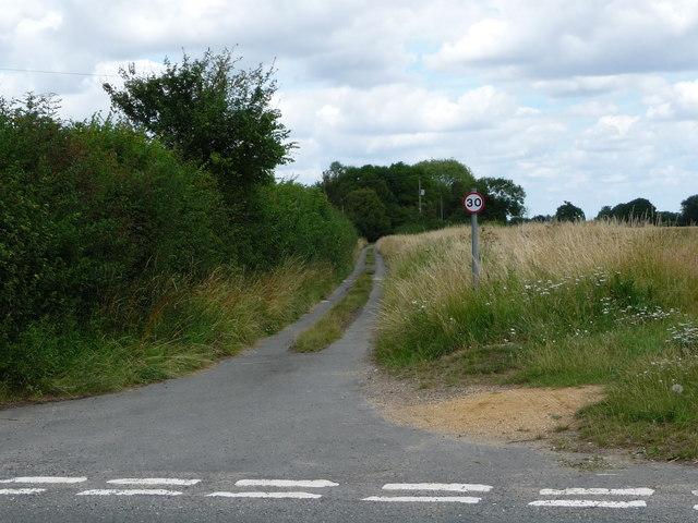 Judas Lane, heading north from Mellis Road