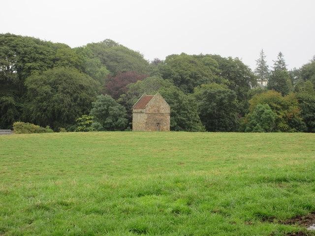 Dovecot near Boarhills
