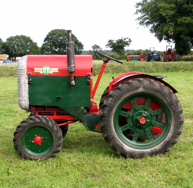 Light BMB Tractor