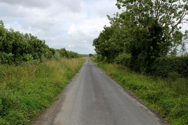 Menethorpe Lane leading away from Whitewall Corner Hill