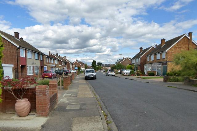 Lynegrove Avenue