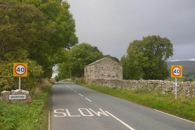 A684, Worton