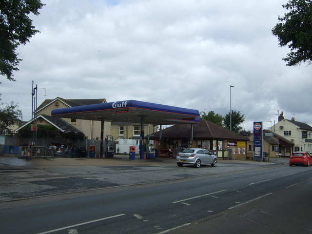 Service station on the B1101, March