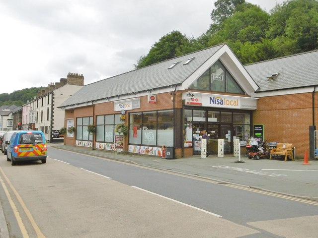 Llangollen, Nisa Local