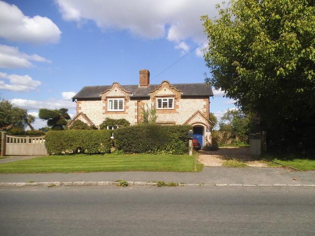 Houses on Elm Road, Tylers Gren