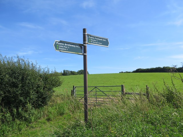 Public bridleway and footpath junction with Burnt House Lane (public road)