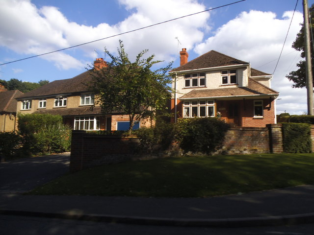 Houses on Holmer Green Road, Hazlemere