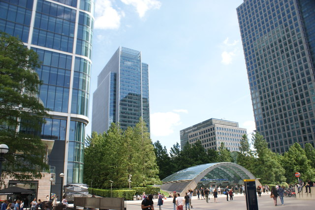 View of the Clifford Chance and Northern Trust buildings from outside The Slug and Lettuce