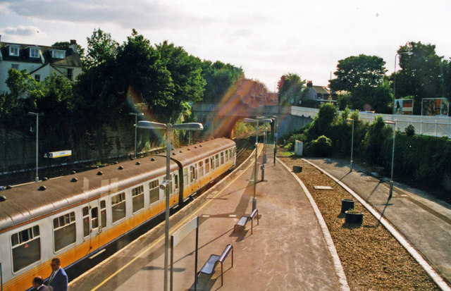 Lewes station, westward towards Brighton, 2000