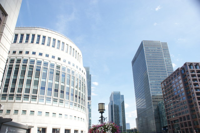 View of the building with the Henry Addington pub and the J. P. Morgan building from Mackenzie Walk
