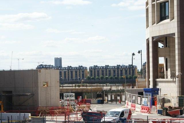 View of Lawrence Wharf from Mackenzie Walk