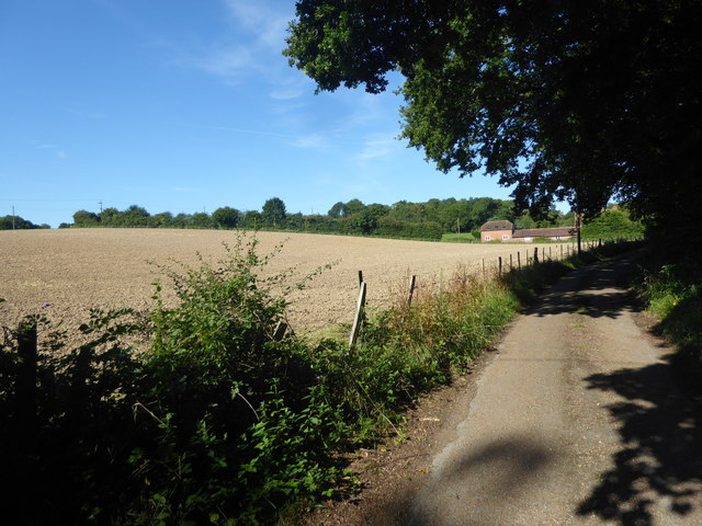 Private road to Mabledon Farm