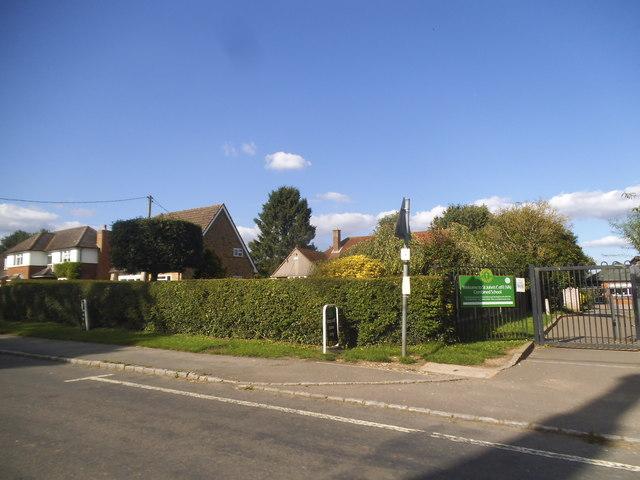 Main Road, Lacey Green