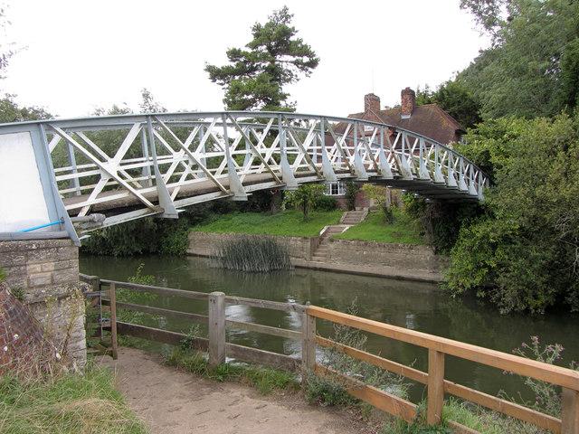 Little Wittenham Bridge over the River Thames