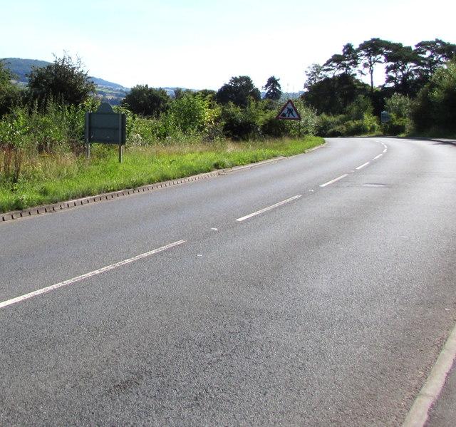 Abergavenny Road leaves Gilwern