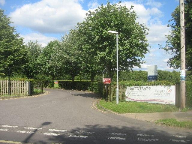 The Vyne School entrance
