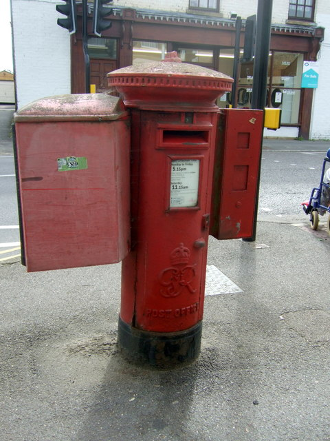 George VI postbox on High Street, March