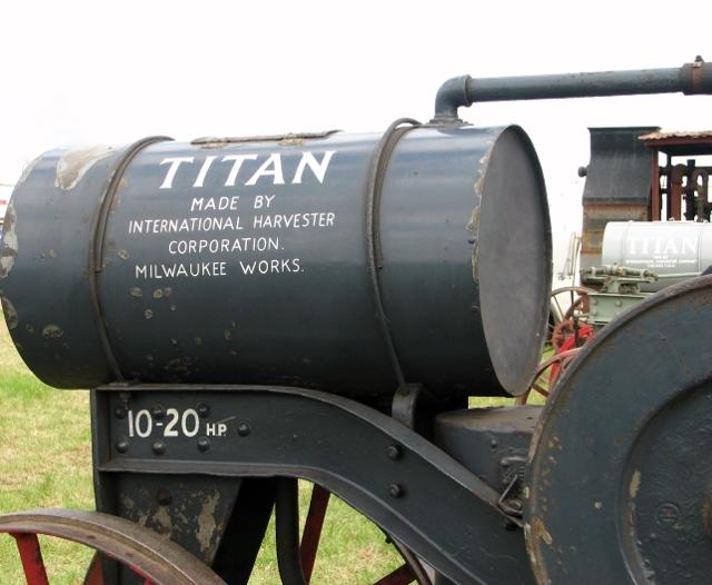 1919 Titan 10/20 - detail