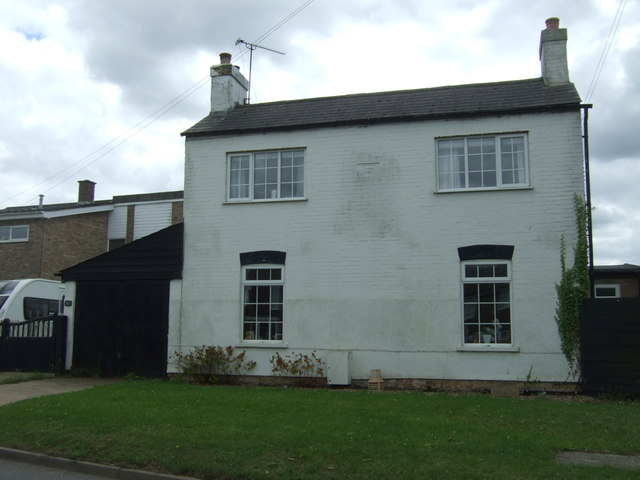 House on the B1381, Sutton-in-the-Isle
