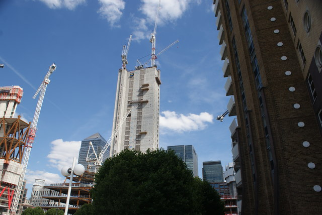 View of the Newfoundland construction site and One Canada Square from the Thames Path #2