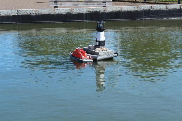 Lifeboat & Lighthouse