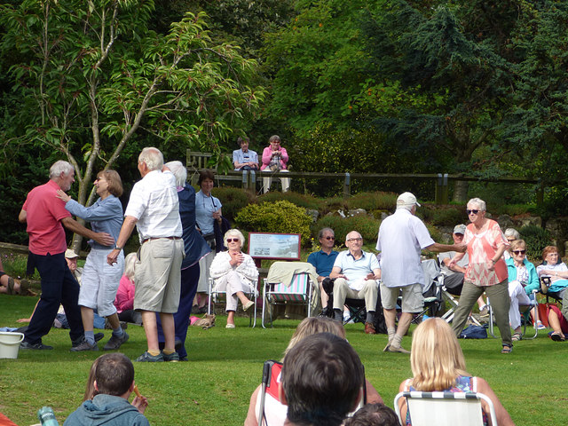 Dancing to the music, Golden Acre Park