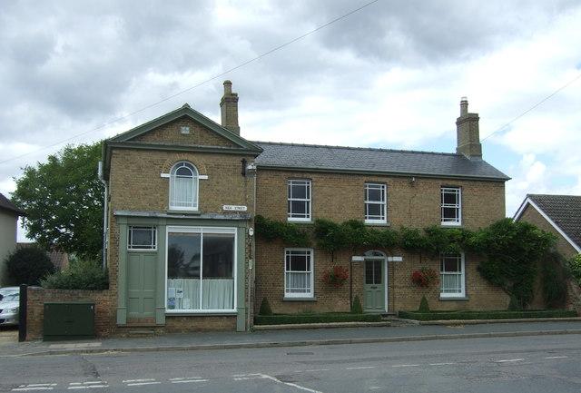 Former shop on High Street, Haddenham