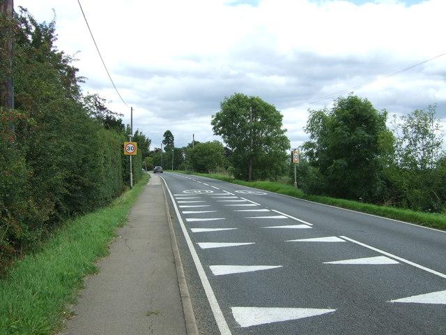 Haddenham Road (A1123) towards Wilburton