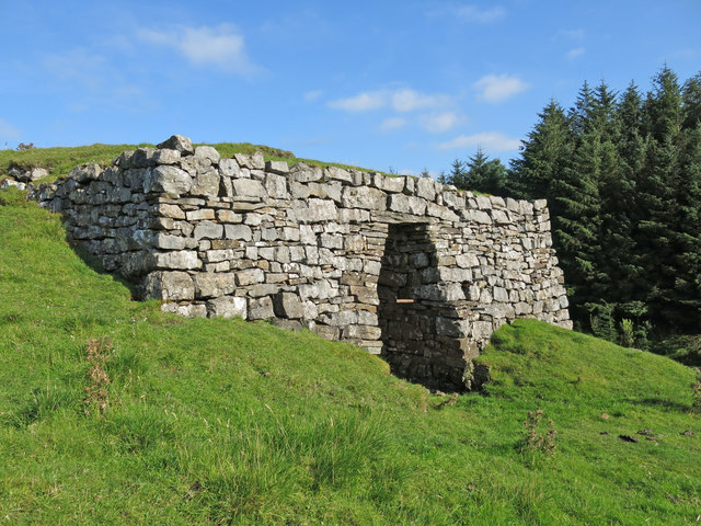 Lime kiln near High Greenfield