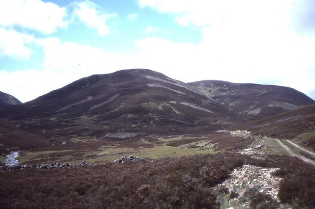 Allt Connie glen