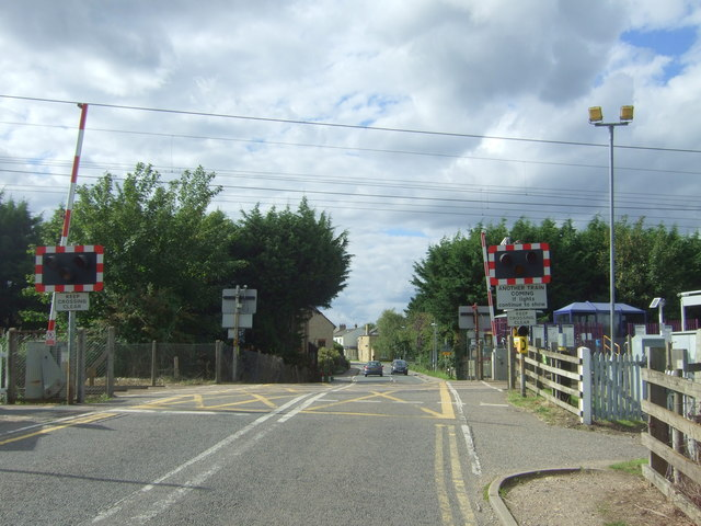Level crossing at Waterbeach Railway Station