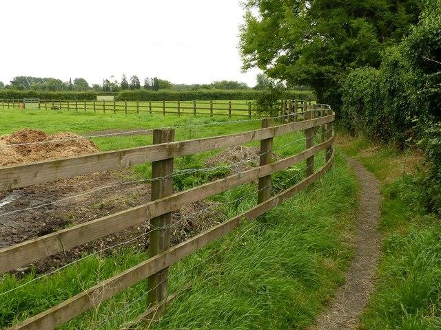 Midshires Way at Draycott