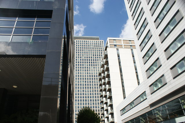 View of the building next to the J. P. Morgan building in Canary Wharf from Admirals Way